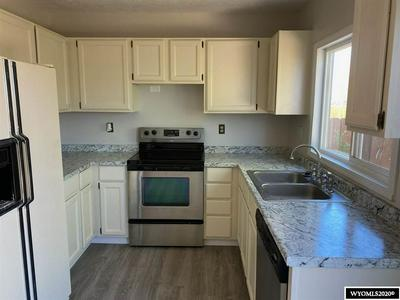 2715 INVERNESS BLVD, Rawlins, WY 82301 - Photo 2
