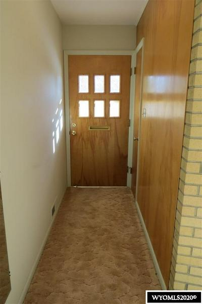 910 ELK DR, Riverton, WY 82501 - Photo 2