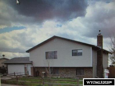 128 S WIND RIVER DR, Douglas, WY 82633 - Photo 1