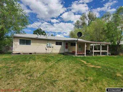 708 S 4TH ST, Worland, WY 82401 - Photo 2