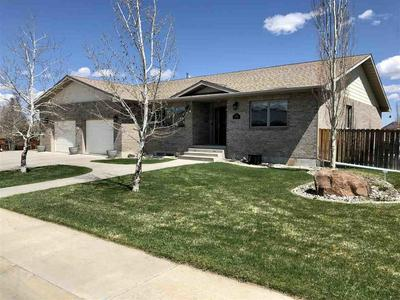 170 INDIAN LOOKOUT DR, Lander, WY 82520 - Photo 1