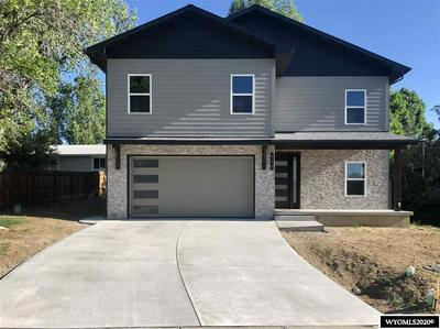 925 S 7TH ST, Lander, WY 82520 - Photo 1