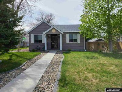 420 N 5TH ST, Douglas, WY 82633 - Photo 1