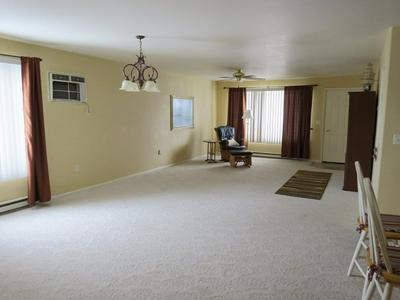 510 PIONEER AVE, RIVERTON, WY 82501 - Photo 2