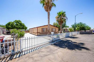 11383 S CARDINAL LN, Yuma, AZ 85365 - Photo 1