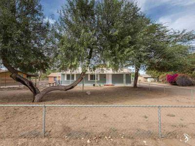 4574 E COUNTY 8 1/2 ST, Yuma, AZ 85365 - Photo 2