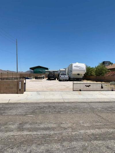 10113 S TYPHOON AVE, Yuma, AZ 85365 - Photo 2