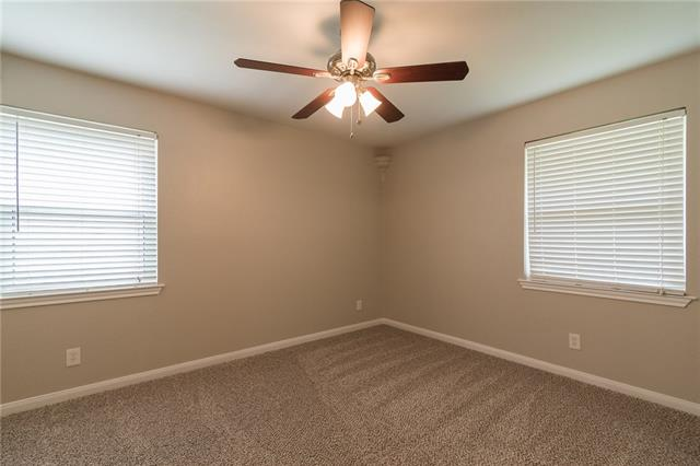 8923, Clearwater, Dallas, Texas, 75243 - 16