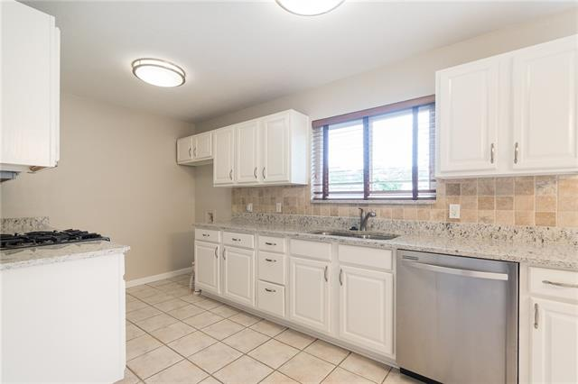 8923, Clearwater, Dallas, Texas, 75243 - 9