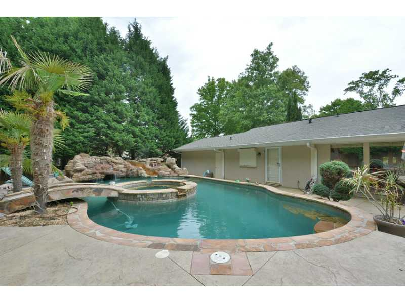Swimming Pool Homes For Sale Dunwoody Ga Pool Homes