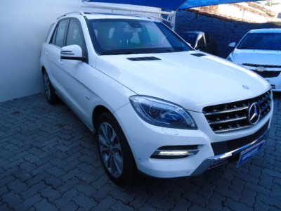 Veículo ML 350 2012 3.5 BLUEEFFICIENCY SPORT 4X4 V6 GASOLINA 4P AUTOMÁTICO