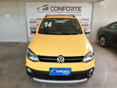 Veículo CROSSFOX 2014 1.6 MI FLEX 8V 4P MANUAL