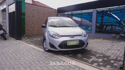 Veículo FIESTA HATCH 2011 1.6 MPI CLASS 8V GASOLINA 4P MANUAL