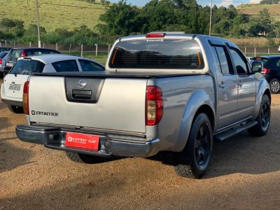 Veículo FRONTIER 2009 2.5 XE 4X2 CD TURBO ELETRONIC DIESEL 4P MANUAL