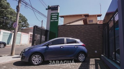 Veículo HB20 2017 1.0 COMFORT 12V FLEX 4P MANUAL