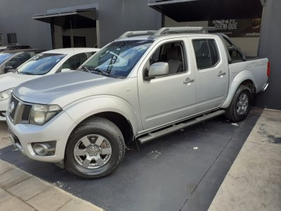 Veículo FRONTIER 2014 2.5 SV ATTACK 4X2 CD TURBO ELETRONIC DIESEL 4P MANUAL