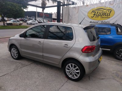 Veículo FOX 2015 1.0 MI COMFORTLINE 8V FLEX 4P MANUAL