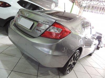 Veículo CIVIC 2015 2.0 LXR 16V FLEX 4P AUTOMÁTICO