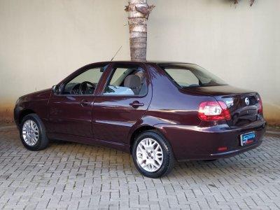 Veículo SIENA 2005 1.8 MPI HLX 8V FLEX 4P MANUAL