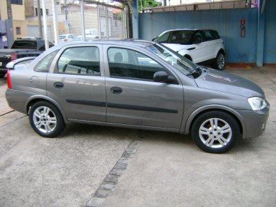 Veículo CORSA SEDAN 2005 1.8 MPFI MAXX SEDAN 8V FLEX 4P MANUAL