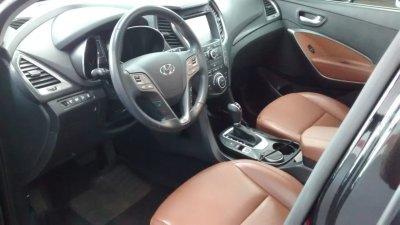 Veículo SANTA FÉ 2016 3.3 MPFI 4X4 7 LUGARES V6 270CV GASOLINA 4P AUTOMÁTICO