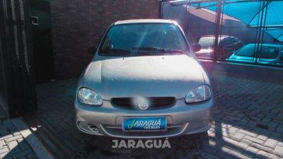 Veículo CLASSIC 2004 1.0 MPFI LIFE 8V GASOLINA 4P MANUAL