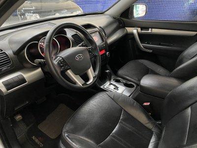 Veículo SORENTO 2011 2.4 EX 4X2 16V GASOLINA 4P AUTOMÁTICO