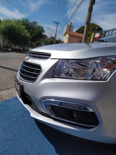 Veículo CRUZE SEDAN 2015 1.8 LTZ 16V FLEX 4P AUTOMÁTICO