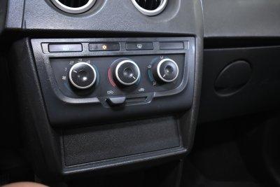 Veículo CELTA 2015 1.0 MPFI LT 8V FLEX 4P MANUAL