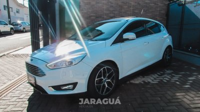 Veículo FOCUS HATCH 2016 2.0 TITANIUM 16V FLEX 4P POWERSHIFT