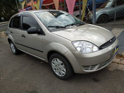 Veículo FIESTA HATCH 2007 1.0 MPI HATCH 8V FLEX 4P MANUAL