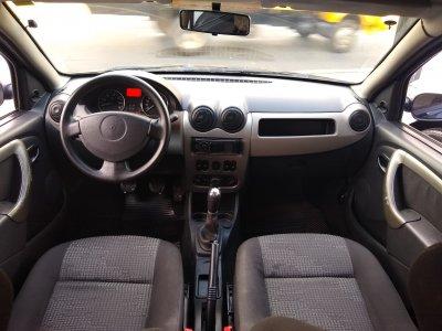 Veículo SANDERO 2009 1.6 EXPRESSION 8V FLEX 4P MANUAL