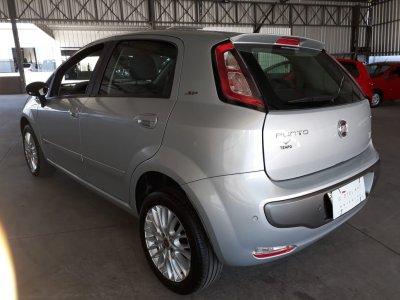 Veículo PUNTO 2015 1.6 ESSENCE 16V FLEX 4P AUTOMATIZADO
