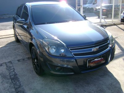 Veículo VECTRA HATCH 2009 2.0 MPFI GT HATCH 8V FLEX 4P MANUAL