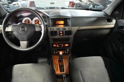 Veículo VECTRA HATCH 2009 2.0 MPFI GT HATCH 8V FLEX 4P AUTOMÁTICO