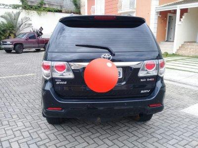 Veículo HILUX SW4 2012 3.0 SRV 4X4 7 LUGARES 16V TURBO INTERCOOLER DIESEL 4P AUTOMÁTICO