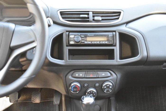Veículo ONIX 2014 1.0 MPFI LT 8V FLEX 4P MANUAL