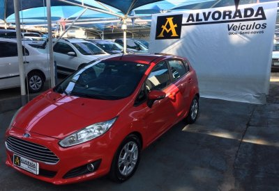 Veículo FIESTA HATCH 2014 1.5 SE HATCH 16V FLEX 4P MANUAL