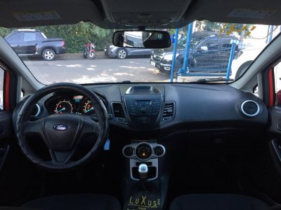 Veículo FIESTA HATCH 2014 1.5 SE HATCH 16V FLEX 4P MANUAL