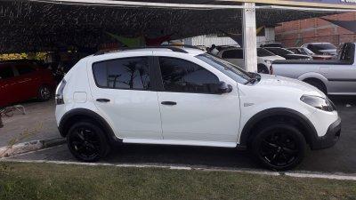 Veículo SANDERO 2014 1.6 STEPWAY TWEED 16V FLEX 4P AUTOMÁTICO