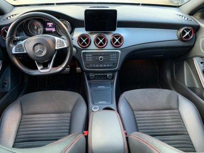 Veículo CLA 250 2015 2.0 SPORT 16V TURBO GASOLINA 4P AUTOMÁTICO
