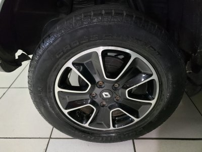 Veículo DUSTER 2016 1.6 DAKAR 4x2 16v FLEX 4p MANUAL