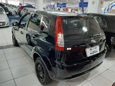 Veículo FIESTA HATCH 2009 1.6 MPI CLASS HATCH 8V FLEX 4P MANUAL