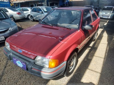 Veículo ESCORT 1993 1.6 HOBBY 8V GASOLINA 2P MANUAL