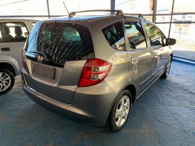 Veículo FIT 2010 1.4 LXL 16V FLEX 4P AUTOMÁTICO