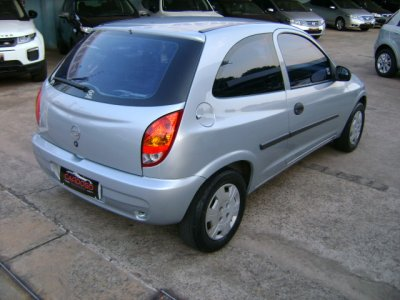 Veículo CELTA 2006 1.0 MPFI VHC SPIRIT 8V FLEX 2P MANUAL
