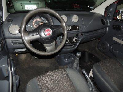 Veículo UNO 2012 1.0 EVO VIVACE 8V FLEX 4P MANUAL