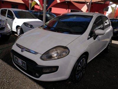 Veículo PUNTO 2013 1.4 ATTRACTIVE ITALIA 8V FLEX 4P MANUAL