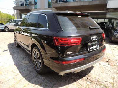 Veículo Q7 2018 3.0 TDI AMBITION V6 24V DIESEL 4P TIPTRONIC