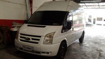 Veículo TRANSIT 2011 2.4 FURGÃO LONGO TURBO DIESEL 3P MANUAL